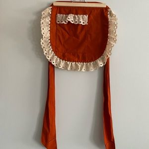 Half Apron with Lace Detailing